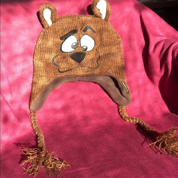 Scooby Doo Winter Hat. M 5c3df61503087ca907a33f25 fd1f54597c44